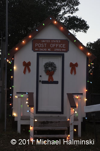 USPS: Post Offices Open Christmas Eve, New Year's Eve But Most ...